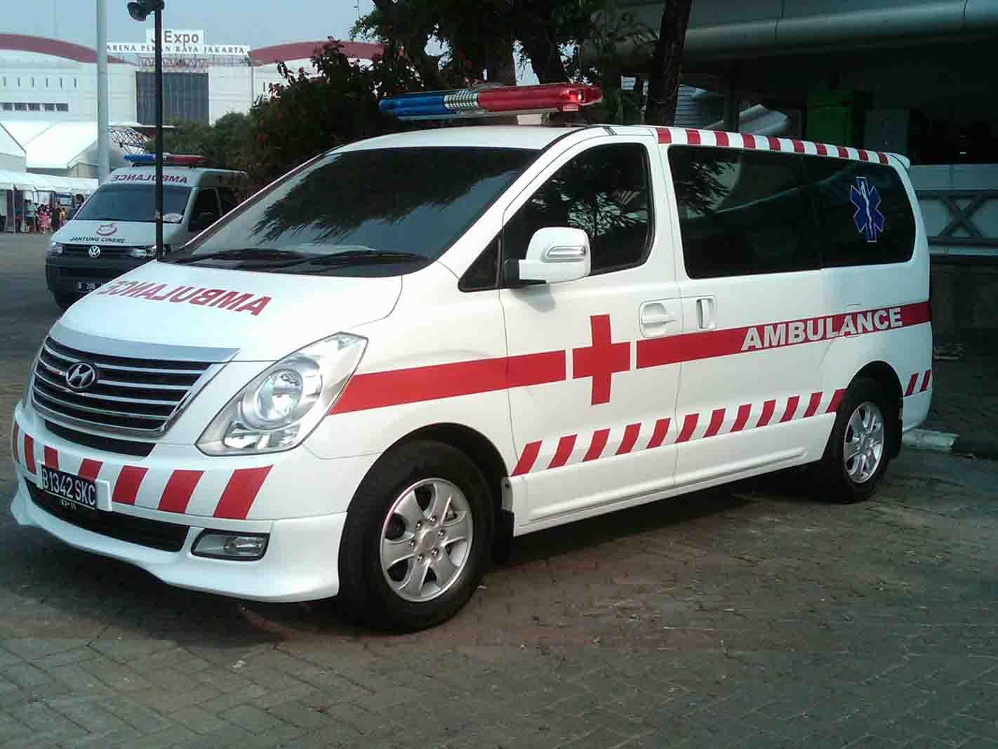 karoseri mobil ambulance hyundai h1 starex